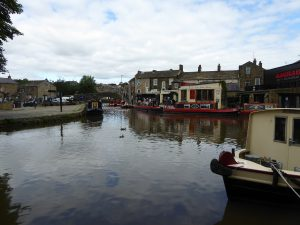 Skipton centre canal